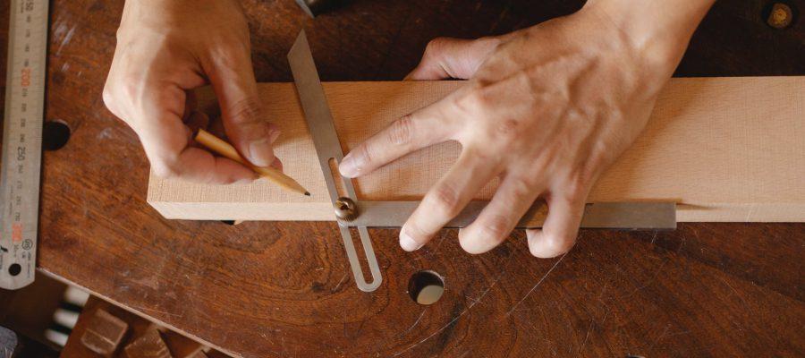 Sortiment Eichenbretter auf Holzhandel Online